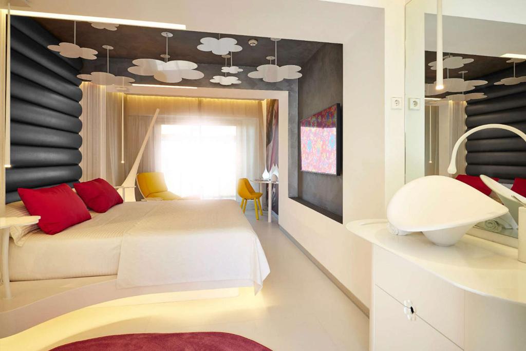 Exclusive Resort 6