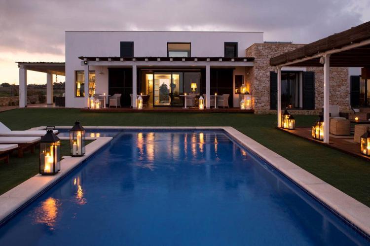 Villa di lusso con piscina privata fino a 10 ospiti
