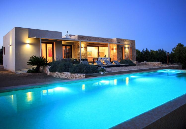 Luxury Villa with pool near Cap de Barbaria