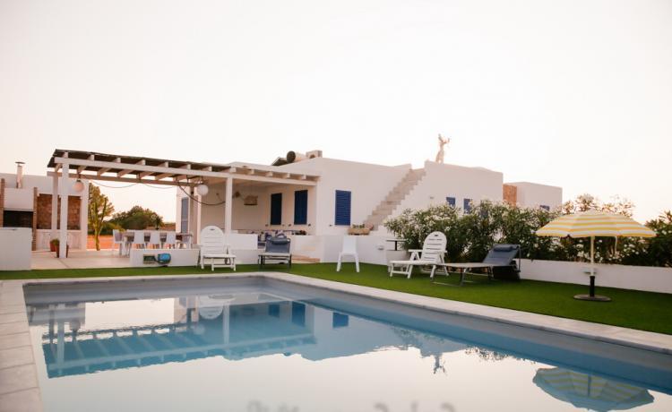 Villa a Formentera di stile minimalista