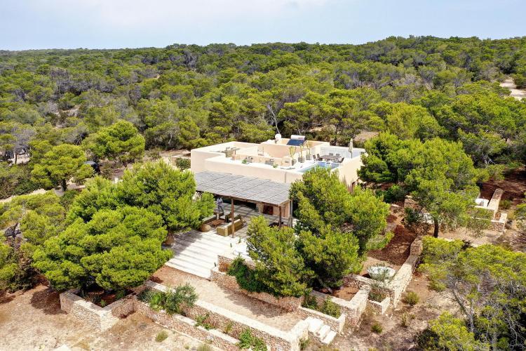 Villa di lusso a Formentera con vista mare, un gioiello di tecnologia